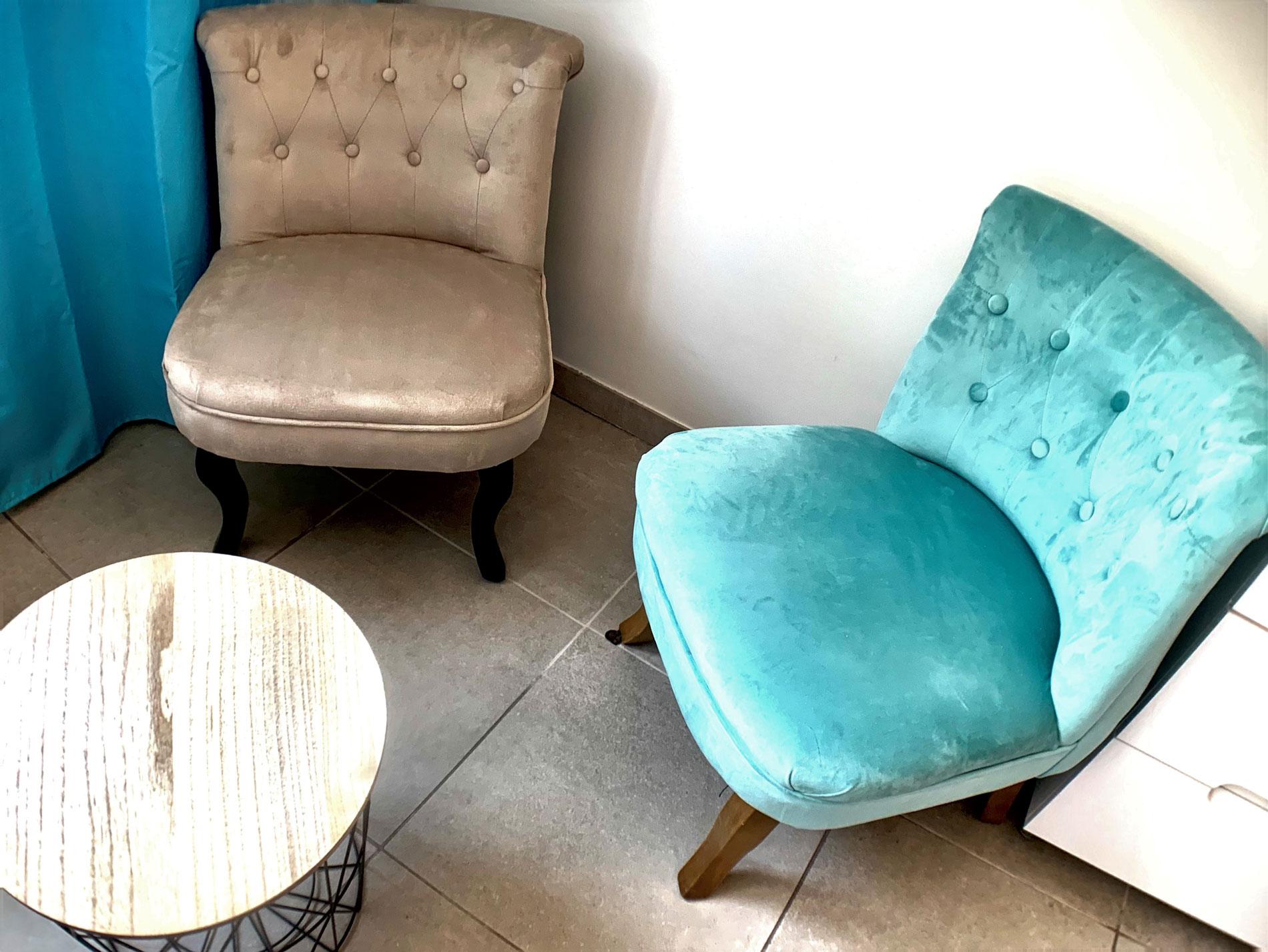 https://www.villaetoile-cannes.com/wp-content/uploads/2019/06/6-fauteuil.jpg
